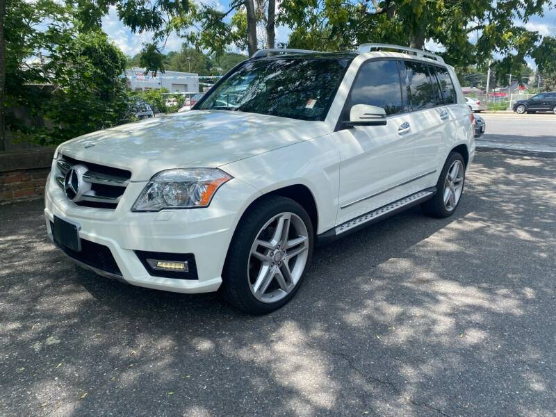 2012 Mercedes-Benz GLK for sale at ANDONI AUTO SALES in Worcester MA