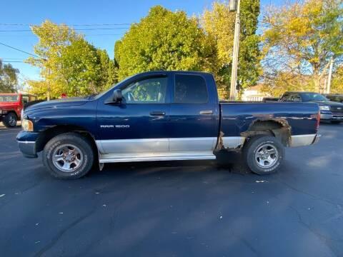 2003 Dodge Ram Pickup 1500 for sale at Elizabeth Garage Inc in Elizabeth IL