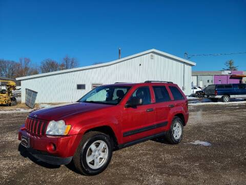 2006 Jeep Grand Cherokee for sale at BROTHERS AUTO SALES in Eagle Grove IA