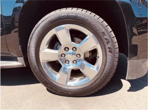 2016 Chevrolet Suburban for sale at Carros Usados Fresno in Fresno CA