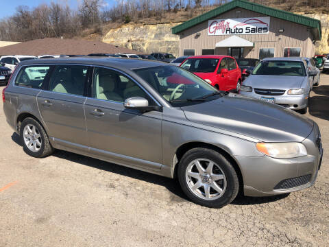 2008 Volvo V70 for sale at Gilly's Auto Sales in Rochester MN