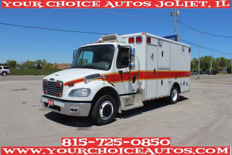 2010 Freightliner M2 106 for sale in Joliet, IL