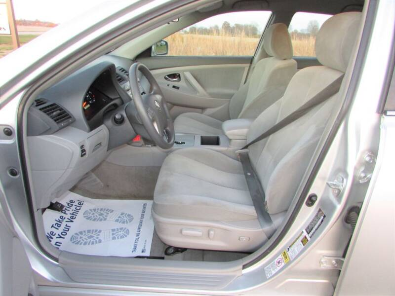 2009 Toyota Camry 4dr Sedan 5A - Delaware OH