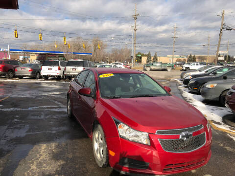 2014 Chevrolet Cruze for sale at Drive Max Auto Sales in Warren MI