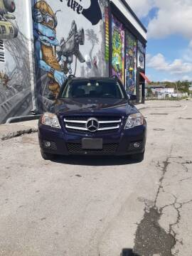 2011 Mercedes-Benz GLK for sale at Rosa's Auto Sales in Miami FL