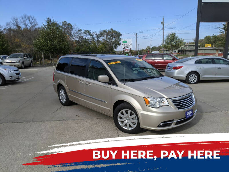 2014 Chrysler Town and Country for sale at AmericAuto in Des Moines IA
