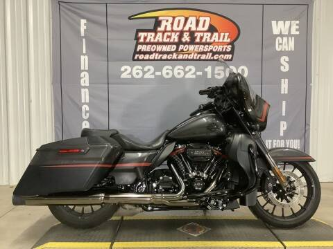 2018 Harley-Davidson® FLHXSE - CVO™ Street Gli for sale at Road Track and Trail in Big Bend WI