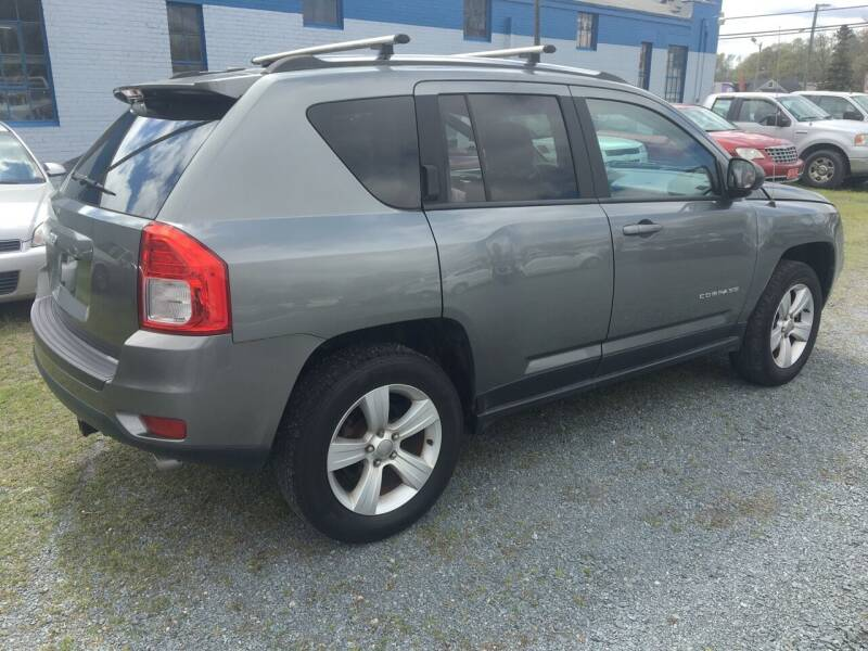 2013 Jeep Compass for sale at LAURINBURG AUTO SALES in Laurinburg NC