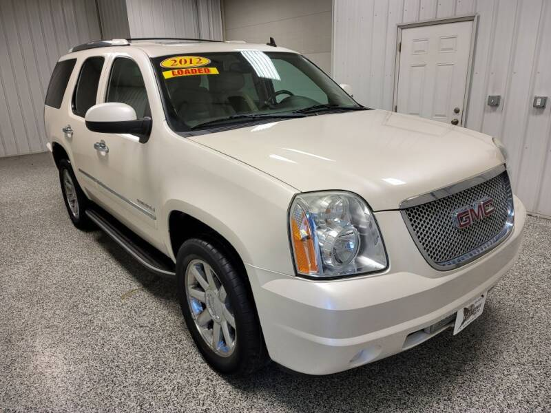 2012 GMC Yukon for sale at LaFleur Auto Sales in North Sioux City SD