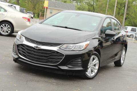2019 Chevrolet Cruze for sale at Dynamics Auto Sale in Highland IN