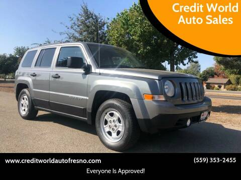 2013 Jeep Patriot for sale at Credit World Auto Sales in Fresno CA