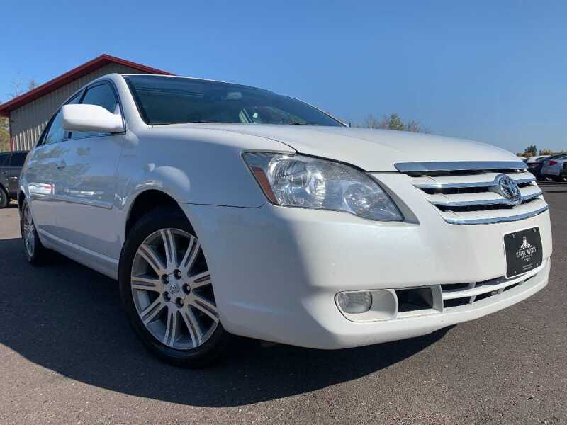 2007 Toyota Avalon for sale at LUXURY IMPORTS in Hermantown MN