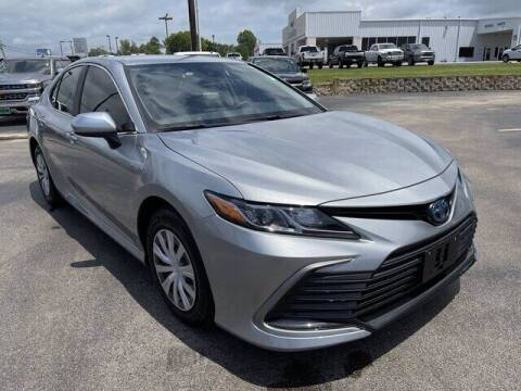 2021 Toyota Camry Hybrid for sale at DOW AUTOPLEX in Mineola TX
