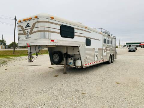 2001 Elite 3 Horse Slant for sale at Kelly Automotive Inc in Moberly MO