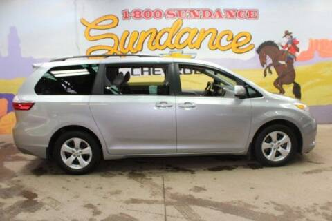 2017 Toyota Sienna for sale at Sundance Chevrolet in Grand Ledge MI