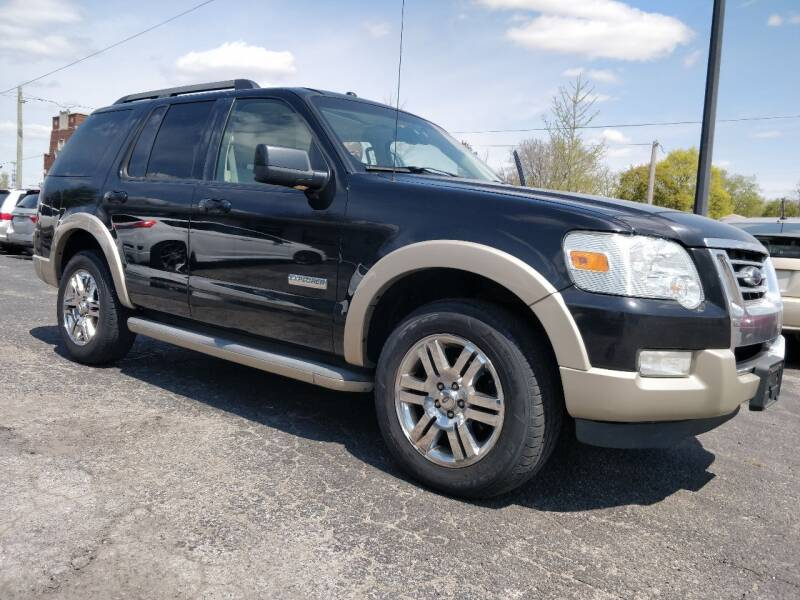2008 Ford Explorer for sale at The Car Cove, LLC in Muncie IN