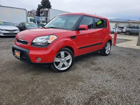 2011 Kia Soul for sale at Yaktown Motors in Union Gap WA