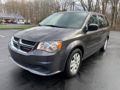 2017 Dodge Grand Caravan for sale at Volpe Preowned in North Branford CT