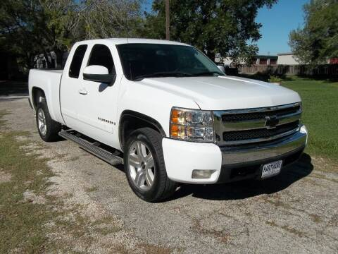 2008 Chevrolet Silverado 1500 for sale at Hartman's Auto Sales in Victoria TX