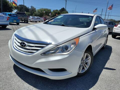 2012 Hyundai Sonata for sale at Das Autohaus Quality Used Cars in Clearwater FL