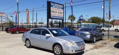 2007 Toyota Avalon for sale at S.A. BROADWAY MOTORS INC in San Antonio TX