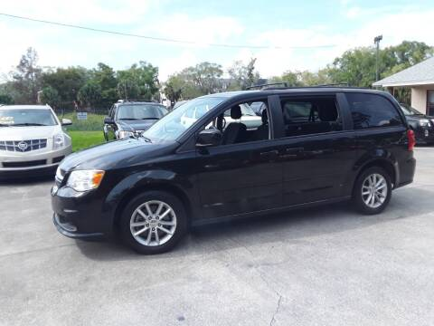 2015 Dodge Grand Caravan for sale at FAMILY AUTO BROKERS in Longwood FL