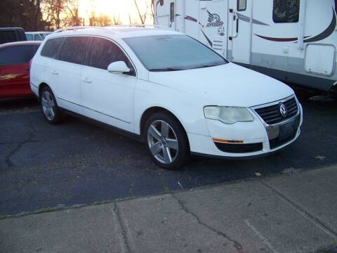 2009 Volkswagen Passat for sale at Collector Car Co in Zanesville OH