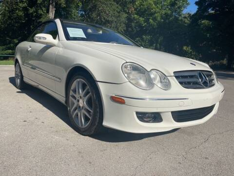 2009 Mercedes-Benz CLK for sale at Thornhill Motor Company in Lake Worth TX