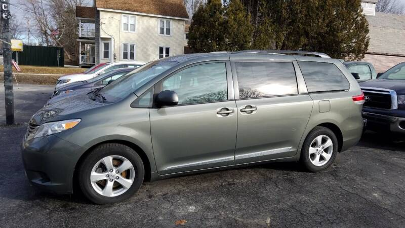 2011 Toyota Sienna for sale at CURTIS AUTO SALES in Pittsford VT