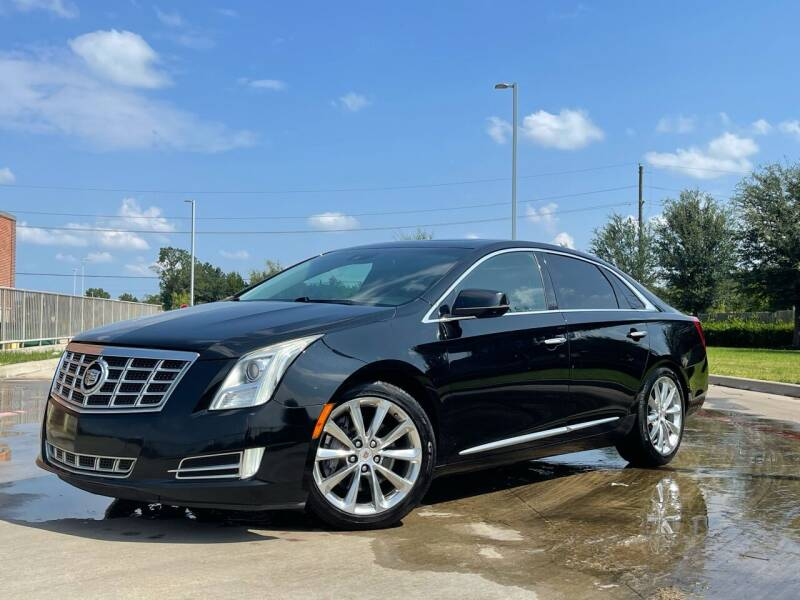 2013 Cadillac XTS for sale at AUTO DIRECT in Houston TX