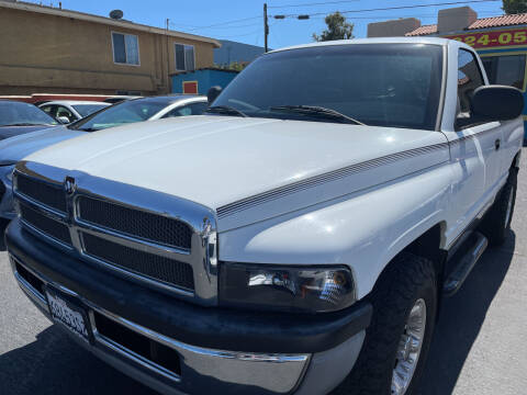 2000 Dodge Ram Pickup 1500 for sale at CARZ in San Diego CA