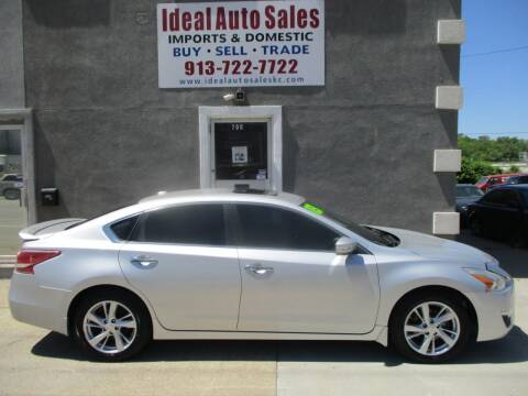 2013 Nissan Altima for sale at Ideal Auto in Kansas City KS