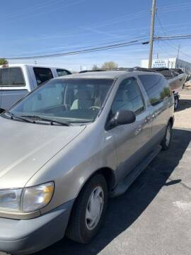 2000 Toyota Sienna for sale at Cars 4 Idaho in Twin Falls ID