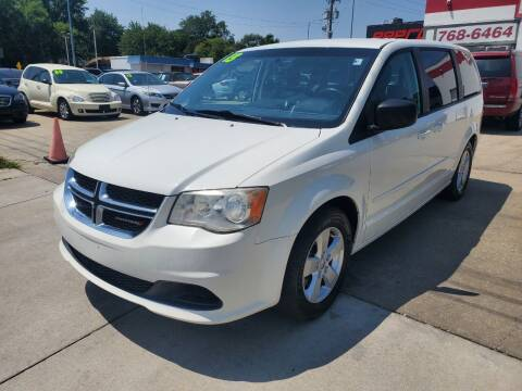 2013 Dodge Grand Caravan for sale at Quallys Auto Sales in Olathe KS