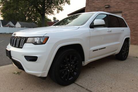 2018 Jeep Grand Cherokee for sale at AA Discount Auto Sales in Bergenfield NJ