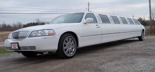 2006 Lincoln Town Car for sale at BSTMotorsales.com in Bellefontaine OH