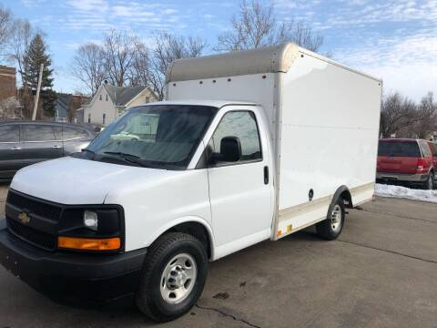 2017 Chevrolet Express Cutaway for sale at Bibian Brothers Auto Sales & Service in Joliet IL