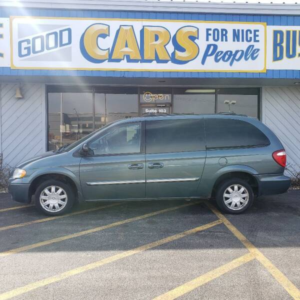 2005 Chrysler Town and Country for sale at Good Cars 4 Nice People in Omaha NE