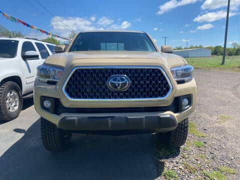 2018 Toyota Tacoma for sale at BEST AUTO SALES in Russellville AR