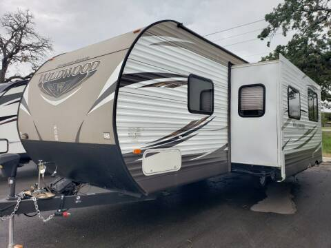 2016 Forest River wildwood 28DBUD for sale at Ultimate RV in White Settlement TX