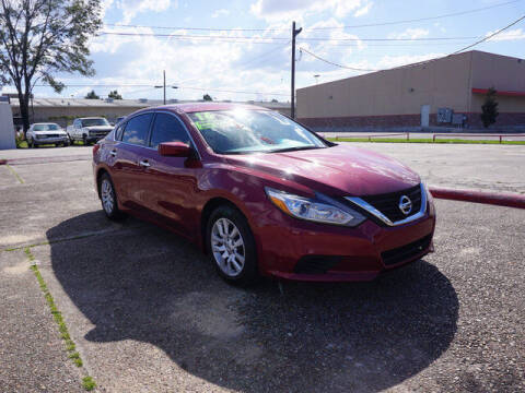2016 Nissan Altima for sale at BLUE RIBBON MOTORS in Baton Rouge LA