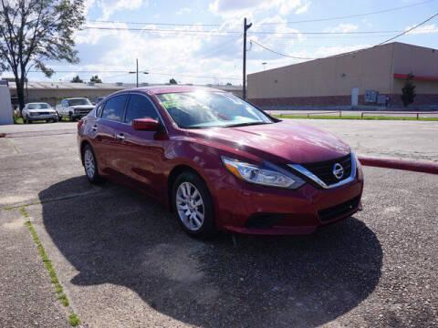 2016 Nissan Altima for sale at BLUE RIBBON MOTORS in Baton Rouge LA