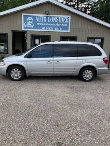 2007 Chrysler Town and Country for sale at Auto Consider Inc. in Grand Rapids MI