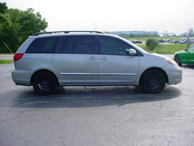2009 Toyota Sienna for sale at Westview Motors in Hillsboro OH