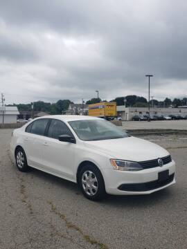 2014 Volkswagen Jetta for sale at iDrive in New Bedford MA