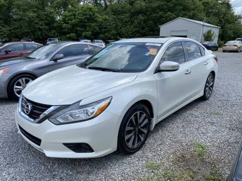 2016 Nissan Altima for sale at Auto Solutions in Maryville TN