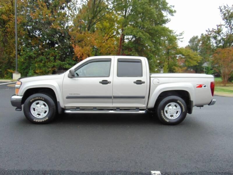 2004 Chevrolet Colorado for sale at CR Garland Auto Sales in Fredericksburg VA