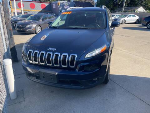 2018 Jeep Cherokee for sale at Matthew's Stop & Look Auto Sales in Detroit MI