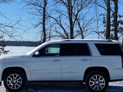 2018 GMC Yukon for sale at RAYBURN MOTORS in Murray KY