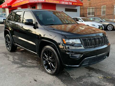 2017 Jeep Grand Cherokee for sale at LIBERTY AUTOLAND INC - LIBERTY AUTOLAND II INC in Queens Villiage NY